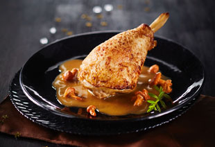 photo du produit de Noël Aiguillettes de poularde sauce chablis aux pleurotes          (la part)