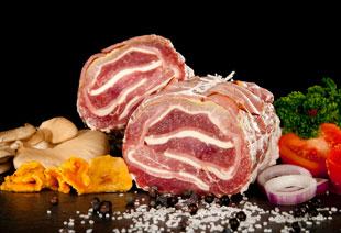 photo du produit de Noël Filet mignon de porc à la provençale                          ( tomates confites et jambon sec )                                              (mini 3 personnes )